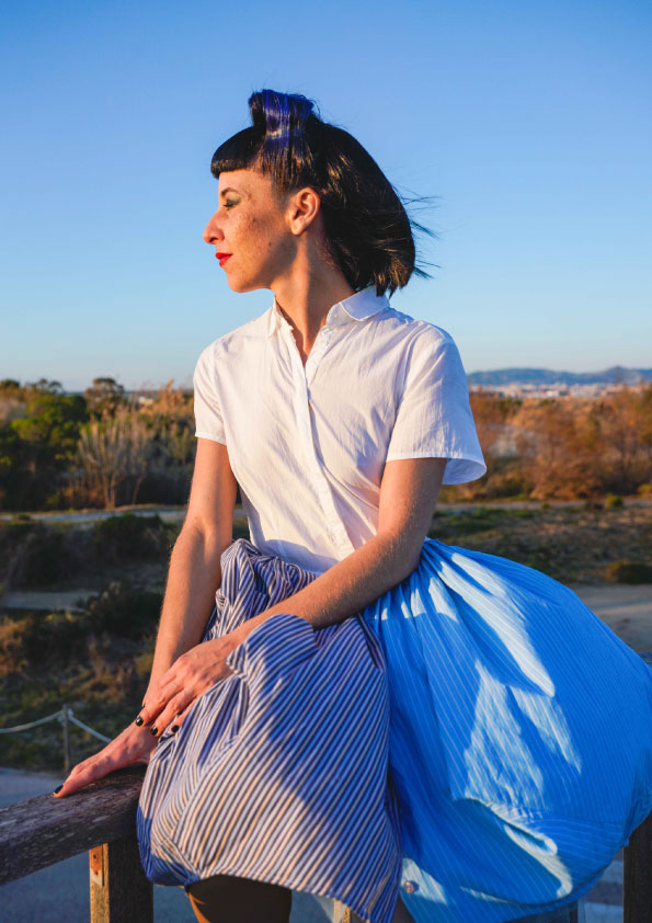 blue-fifties-dress-sustainable-design-made-in-barcelona-modaecologica