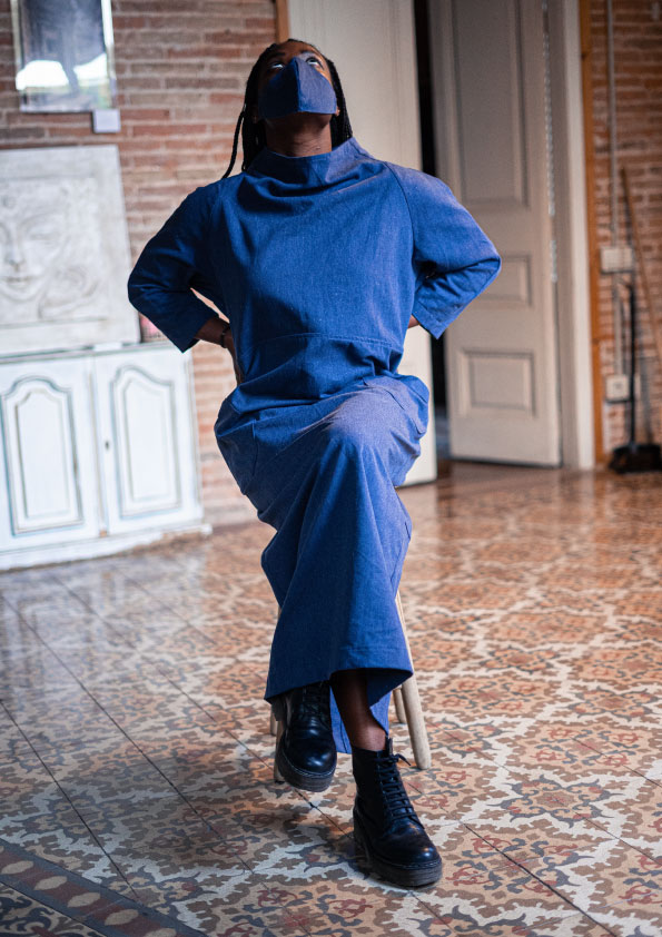 sustainable-dress-from-recycled-denim-handmade-in-Barcelona-moda-ecologica