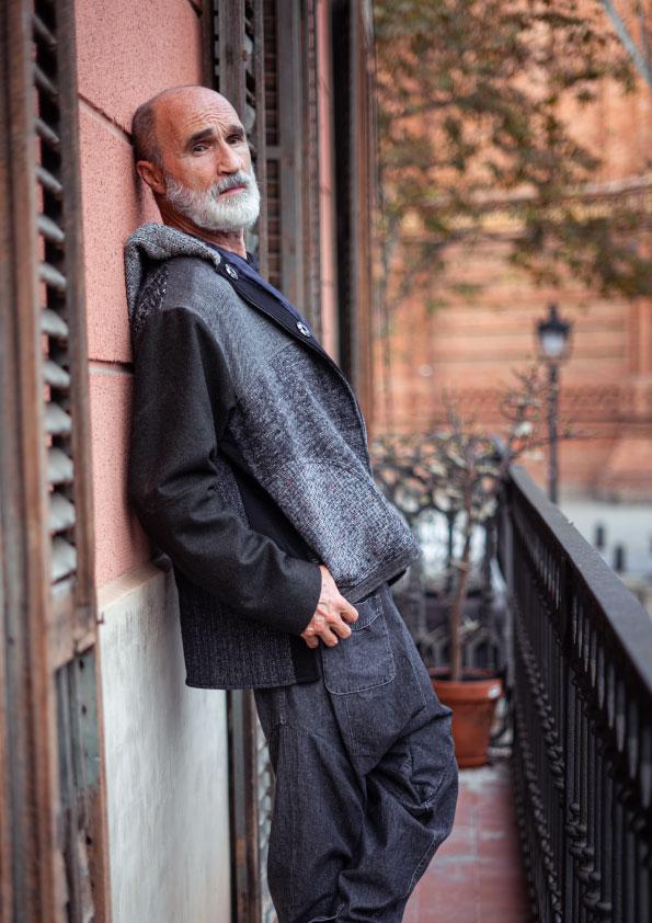 sustainable-woolen-jacket-and-pants-handmade-in-Barcelona-modaecologica